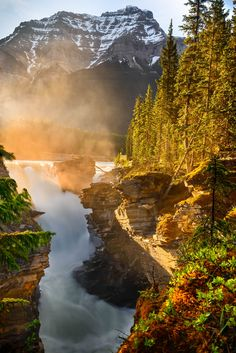 Sunrise light at Athabasca Falls, Canada | JD Hascup