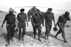 Israeli army Southern Command General Ariel Sharon arrives by helicopter at an army base just days before the June 5 start of the Six-Day war in the Negev Desert in southern Israel, June 1, 1967.