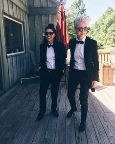 The Effective Pictures We Offer You About Androgynous wedding A quality picture can tell you many th Queer Fashion, Androgynous Fashion, Tomboy Fashion, Tomboy Style, Ladies Fashion, Prom Suit Girl, Prom Suit And Dress, Komplette Outfits, Dance Outfits