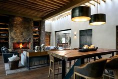 En el salón principal destaca el mobiliario por su sencillez.   Galería de fotos 1 de 11   AD MX