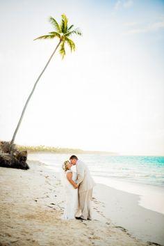 Destination wedding photography, beach, wedding, photographer, ocean, sand, pictures   KLP Photography   Ocean Blue & Sand Resort, Dominican Republic