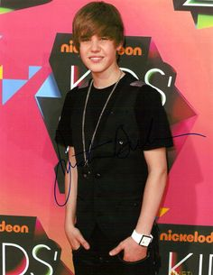 Hot Collectible Justin Bieber Autographed Hand-Signed 8x10 Photo