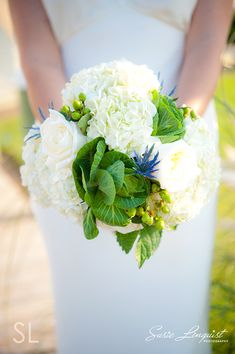 north topsail beach wedding pictures | How much do you love this bouquet?