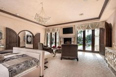 View 52 photos of this $7,700,000, 6 bed, 7.5 bath, 10605 sqft single family home located at 5312 N Wilkinson Rd, Paradise Valley, AZ 85253 built in 1996. MLS # 5552247.