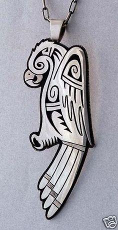 Berra Tawahongva-Hopi Overlay Parrot Pendant with Chain                                                                                                                                                                                 もっと見る
