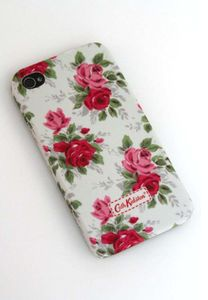 If I ever had an iphone, it's going floral. Not that I'm getting an iphone.