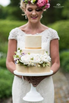 Wedding Cakes in North Lanarkshire by Morningside Bakes