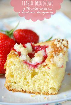 ciasto drozdzowe z truskawkami bez wyrabiania (zostawic na 3-4 godziny)