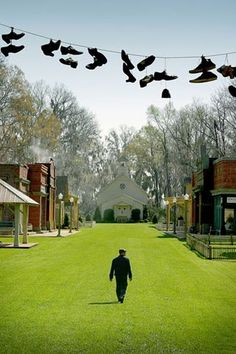 I would love to live in a place that lookes like Spectre from Big Fish