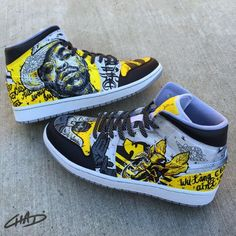 WuTang Custom hand painted Jordan shoes by ArtOfTheSole on Etsy Custom Sneakers, Custom Shoes, Custom Clothes, Zapatillas Jordan Retro, Minions, Jordan Retro 1, Jordan 1, Hype Shoes, Painted Shoes