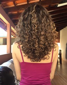 Curly hair care and Hair styles « Fast Hairstyles+ Curly Hair Styles, Curly Hair Care, Medium Hair Styles, Natural Hair Styles, Long Natural Curls, Dyed Curly Hair, Brown Curly Hair, Short Curly Hair, Curly Medium Length Hair