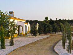 Herdade Água d'Alte, Redondo (Alentejo), Portugal http://charmhotelsweb.com/en/hotel/PT061