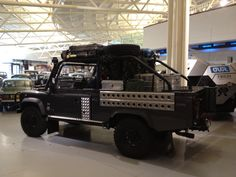 Land Rover Defender 110 High Capacity Pick Up Tomb Raider