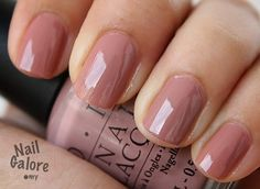 OPI Barefoot in Barcelona (Perfect neutral. Doesn't clash with anything. I swear!)