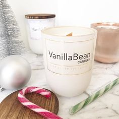 """Christmas has come around so quickly this year!  @vanillabeancandles has this gorgeous Christmas scented soy candle named """"The Night Before Christmas"""" and it smells divine!  . . . . . . #igbeauty #instabeauty #instamakeup #urbandecay #urbandecaynaked #meccamaxima #meccabeautyjunkie #makeupcollection #discoverunder100k #ausbeauty #ausbeautybabes #ausbeautyblogger #lipstick #beautyjunkie #makeuprevue #like4like #likesforlikes #like4follow #thankyou #makeupaddict #makeupjunkie #makeupporn…"""