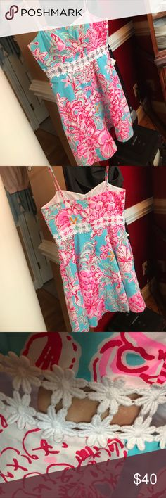 LILLY PULITZER PARTY DRESS- AMAZING PRICE (SIZE 4) This is an Adorable Lilly Pulitzer dress that even has pockets! The front of the dress has a small see through section, so it is perfect for a date night. Worn 3 times. Straps are adjustable. Lilly Pulitzer Dresses