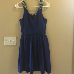 Royal Blue Dress Beautiful Royal Blue dress, worn once to college graduation. From Fransicas- brand Miami. Francesca's Collections Dresses Midi