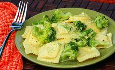 Ravioli with broccoli cream sauce