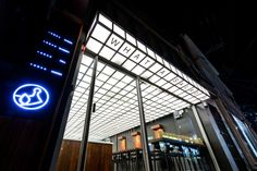 Project Name : WHAT A SALAD_Green to the Moon / Salad Bar Location : Seoul  Designer : Jay Song, Joon Kim Photographer : Jaehyuk Nam Date : 2016  'WHAT A SA...