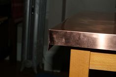 DIY Copper Table Top on Instructables Metal Furniture, Diy Furniture, Building Furniture, Furniture Vintage, Refurbished Furniture, Industrial Furniture, Furniture Design, Sheet Metal Brake, Copper Top Table