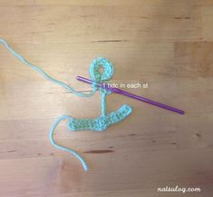 I love the anchor motif! I think we all need this motif more of less as our summer decoration! I spent quite some time to create the anchor crochet pattern. Half Double Crochet, Single Crochet, Crochet Diagram, Crochet Anchor, Jewelry Shop, Jewelry Making, Anchor Pattern, Christmas Knitting Patterns, Anchors