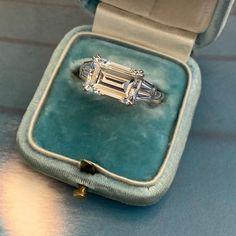 Emerald Cut Rings, Emerald Cut Diamonds, Diamond Cuts, Uncut Diamond, Diamond Shapes, Diamond Rings, Emerald Cut Engagement, Engagement Ring Cuts, Antique Jewelry