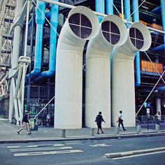 Beaubourg Quarter, Centre national d'art et de culture Georges-Pompidou, designed by Renzo Piano, Paris IV Renzo Piano, Ile Saint Louis, St Louis, Monuments, Georges Pompidou, Central Island, Centre Pompidou, Cultural Diversity, Paris City