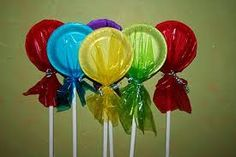 Decoration for CandyLand Themed Parties. Decoration for CandyLand Themed Parties. Christmas Parade Floats, Candy Land Christmas, Candy Christmas Decorations, Halloween Decorations, Christmas Crafts, Lollipop Decorations, Candyland Decor, Christmas Float Ideas, Carnival Decorations