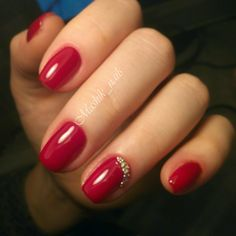 Наше портфолио. Portfolio by KrasotkaPro. #КрасоткаПро #Маникюр #Manicure #Nails #Nailpolish #Ногти #Лак #Красный #Дизайн #Стразы