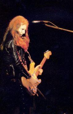 Fast Eddie MOTÖRHEAD Eddie Clarke, Lemmy Motorhead, Live Rock, Rock N Roll, Movie Posters, Long Live, Revolutionaries, Tattoo Inspiration, Bands