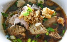 Boat Noodles with Pork (Kuaitiao Ruea) : Noodles Recipes | Recipes Step by Step.