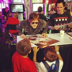 Sean and Norman with kids! So cute!
