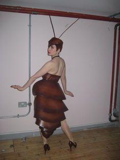 Cockroach showgirl costume design from 1936 casino de paris. Showgirl Costume, Burlesque Costumes, Theatre Costumes, Top 10 Halloween Costumes, Mardi Gras Costumes, Ant Costume, Casino Outfit, Creative Halloween Costumes, Showgirls