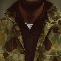The Ojai Jacket in Arid Camo Dry Wax from Taylor Stitch. Men's shirting, outerwear, denim, and basics responsibly . Wax Man, Daily Fashion, Mens Fashion, Taylor Stitch, Bicycle Workout, Bike Trainer, Raw Denim, Well Dressed Men, Men's Outerwear