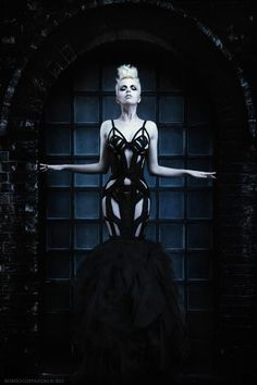 Luxurious inspirations for fetish lovers. Get inspired by our exclusive selection of fetish brands and accessories. Our style is fetish. Dark Fashion, Gothic Fashion, Fashion Art, Fashion Design, High Fashion, Fashion Forms, Fashion Portraits, Female Fashion, Style Fashion