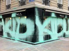 . Environmental Graphics, Environmental Design, Arte Indie, Street Art Graffiti, Window Design, Store Fronts, Public Art, Retail Design, Visual Merchandising