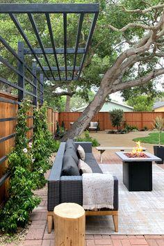 Outdoor Pergola, Diy Pergola, Outdoor Rooms, Outdoor Gardens, Covered Pergola Patio, Small Garden Pergola, Pergola Roof, Outdoor Living, Outdoor Furniture