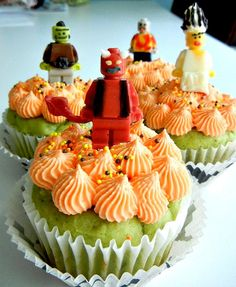 Another idea for the Lego party in July.  The chocolate minifigures are easier to make than I first thought.