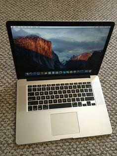 Apple RETINA Macbook Pro 15in 2014 loaded nVidia low cycles Applecare