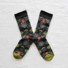 6b2ce57009e Chaussettes Tulipes.Les chaussettes Bonne Maison sont conçues et fabriquées  en France
