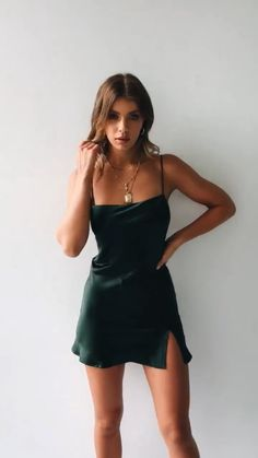 Short satin dress - Awesome Summer Style With Slip Dress – Short satin dress Mode Outfits, Dress Outfits, Fashion Outfits, Dress Fashion, Urban Outfits, Women's Clothes, Dress Pants, Fashion Nova Dresses, Ladies Fashion