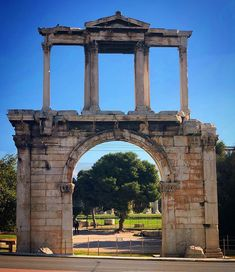 Eternal Athens ... #retro #ancient #ruins #gate #arch #marble #sunny #bluesky #walk #instadaily #instalike #instalifo #instaview #instagreece #athens #greece
