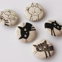 Easy Paint Rock For Try at Home (Stone Art & Rock Painting Ideas) …lustige Katzen… Pebble Painting, Pebble Art, Stone Painting, Rock Painting, Diy Painting, Stone Crafts, Rock Crafts, Arts And Crafts, Caillou Roche