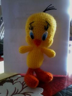 Amigurumi Oyuncak Tweety Yapılışı Crochet Toys Patterns, Stuffed Toys Patterns, Knitting Patterns, Crochet Stitches, Tweety, Amigurumi Toys, Crochet Baby, Free Pattern, Diy And Crafts