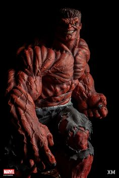 Pre-Order XM Hulk now here with us in europe. Thaddeus Ross was transformed into the Red Hulk in order to better combat his nemesis Hulk. Hulk 1, Red Hulk, Hulk Marvel, Marvel Heroes, Warren Worthington Iii, Sixpack Workout, Workout Bauch, Studios, Marvel Comics Art