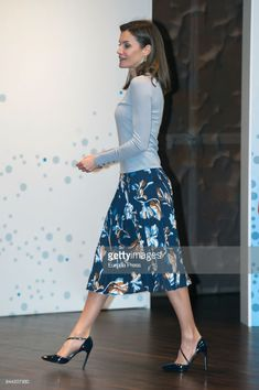 MADRID, SPAIN - APRIL 10: Queen Letizia of Spain attends the 36th Caixa Scholarship award ceremony on April 10, 2018 in Madrid, Spain. 120 students are selected and awarded with scholarships for postgraduate studies at universities around the world. (Photo by Europa Press/Europa Press via Getty Images)