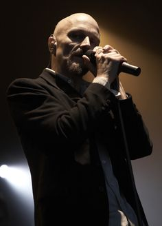 Live music photography by David Ward. James, Tim Booth.
