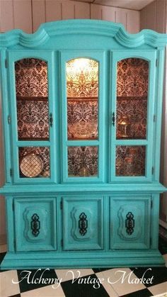 Turquoise Paint and Black Damask Paper - China Cabinet Makeover By Alchemy Vintage Market - Featured On Furniture Flippin' - www. Redo Furniture, Cabinet, Furniture Hacks, Painted China Cabinets, Furniture Makeover Diy, Refinishing Furniture, Repurposed Furniture, Furniture Inspiration, Cabinet Makeover