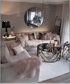 Cozy Living Room For Your Home - Living Room Design Glam Living Room, Living Room Decor Cozy, Living Room Goals, Living Room Lighting, Home And Living, Feminine Living Rooms, Modern Living, Cozy Room, Decor Room