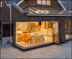 Origin bifolding doors can also be used on corner projects, opening up an area of the room which would not usually be used.